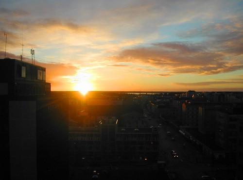 city morning sky sun clouds sunrise suomi finland december cityscape vaasa vasa radissonsas pohjanmaa Österbotten ostrobothnia pitkäkatu storalånggatan