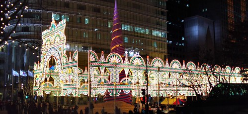 Seoul Christmas lights show at Cheonggyechon