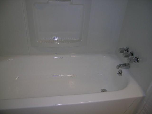 reglazing refinishing resurfacing bathtubs and tile