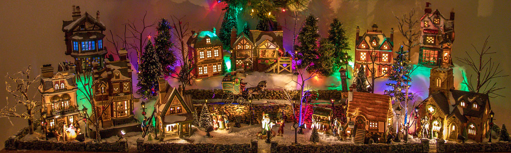 Dickens Christmas Village 2016!