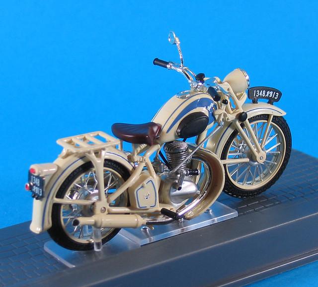 moto peugeot 55 gl 1951 flickr photo sharing. Black Bedroom Furniture Sets. Home Design Ideas