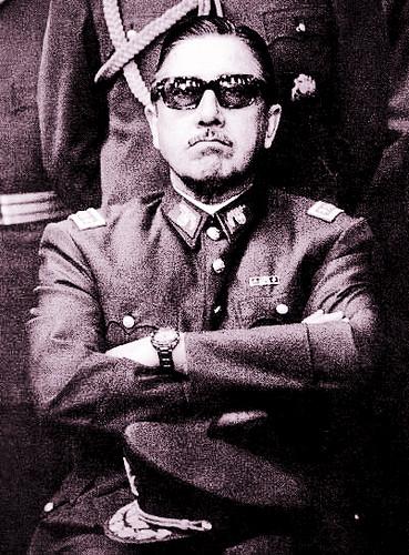 10/12/06 : Mort de Pinochet