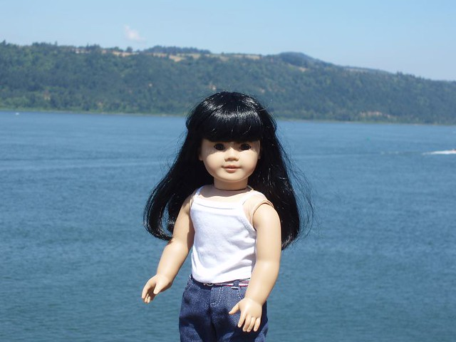 Inky on the Columbia River (bad hair day)
