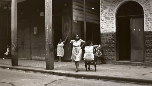 Women in 1945 Panama
