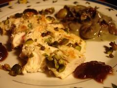 Suprêmes de poulet à la pistache et crème de figues
