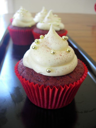 Red Velvet Cupcakes with Creamed Cheese Frosting