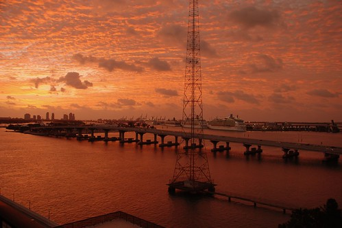 cruise red orange sunrise bay ship miami venetia causeway macarthur biscayne greatsky