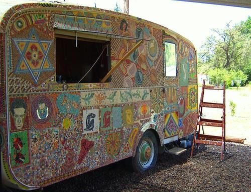 Mosaic caravan hippie shop israel mosaic art source for Salon hippie