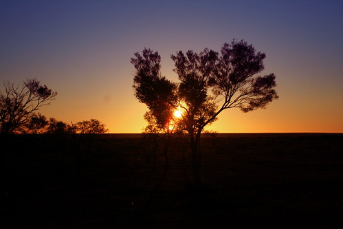 The glorious sunset over the wonderful Australian landscape.