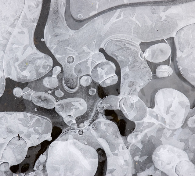 Frozen Air Bubbles (Complex)