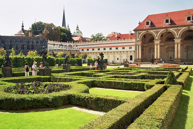 Praga 4 flickr photo sharing for Jardines wallenstein