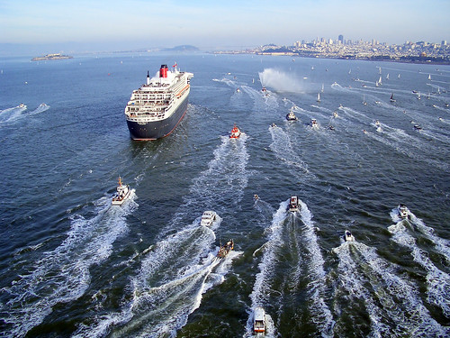 RMS Queen Mary 2 Arrives in San Francisco
