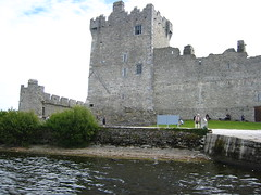 chã¢teau, castle, building, historic site, waterway, moat,