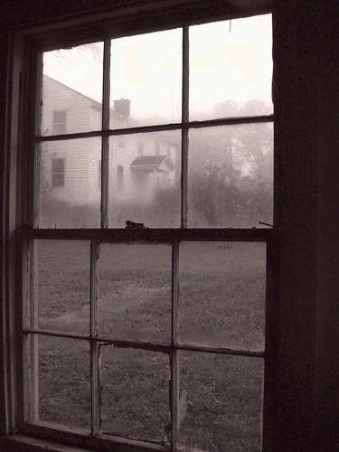 bw abandoned film window zeiss 35mm blackwhite kodak navy cook maryland contax ww2 africanamerican usnavy base tinted atb servant steward segregation solomonsmaryland contaxii amphibioustrainingbase f205cmsonnarlens