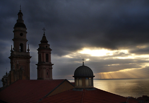 france sunrise dawn view january côtedazur stmichel eglise menton longweekend