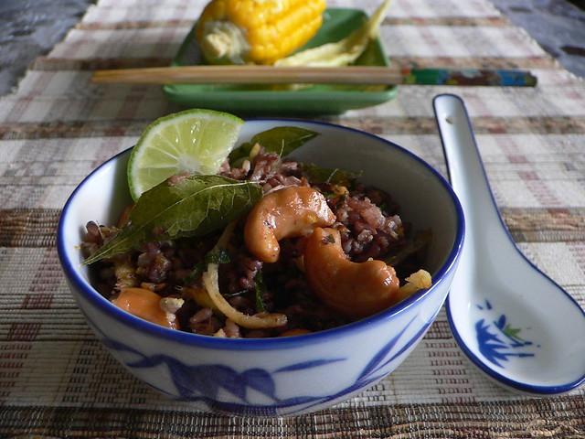 Fried purple rice