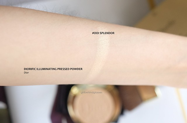Dior Diorific Splendor Illuminating Pressed Powder swatch
