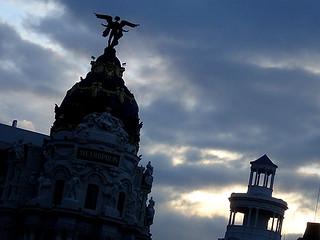 Εικόνα από Edificio Metrópolis κοντά σε City Center. madrid buildings arquitectura edificios metropolis