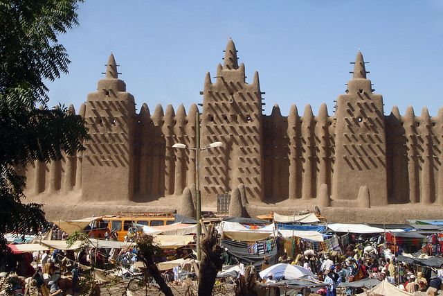Djenne mud mosque and market