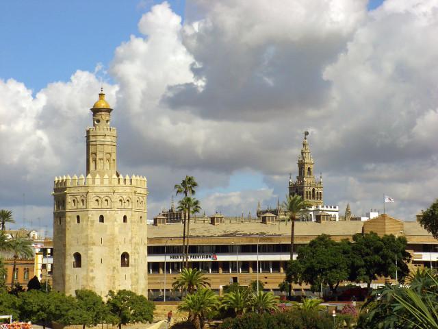 Sevilla - Torre del Oro i Giralda
