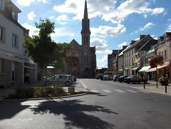 Broons place 1 - Photo of Saint-Jouan-de-l'Isle