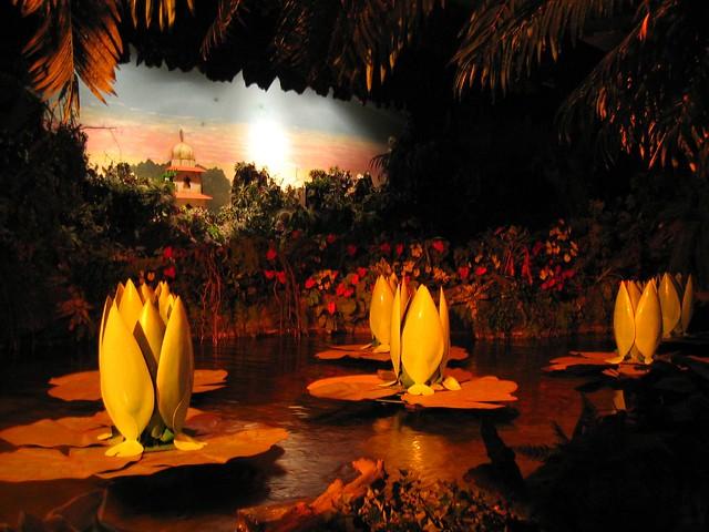 Efteling - Indische Waterlelies