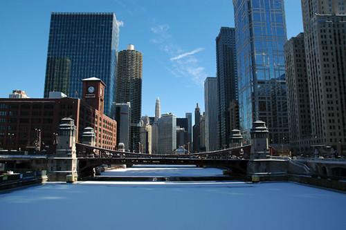lasalle street drawbridge with fresh set of snow on frozen chicago river