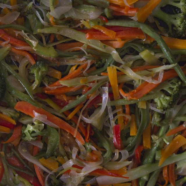 zanahoria y calabaza rallada en sarten (2016)