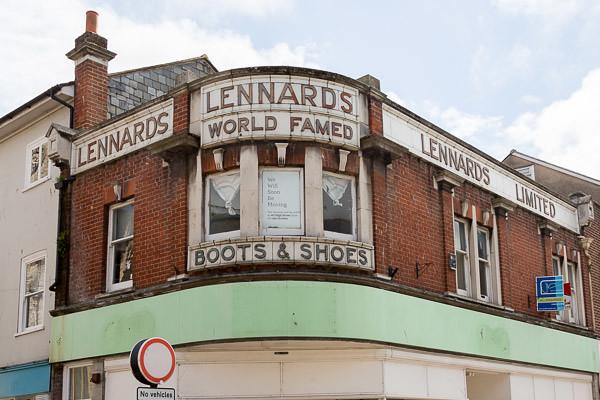 lennards-001