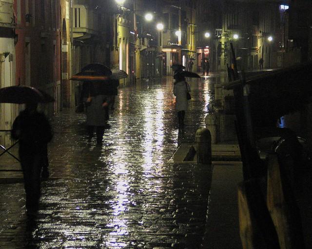 Venice, Cannaregio: Rainy December night