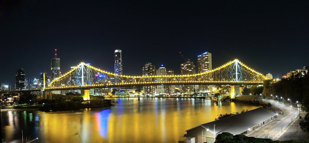Story Bridge from the Valley
