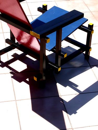 Tr fora vintage la silla roja y azul for Silla roja y azul