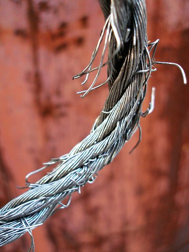 Breaking wire rope