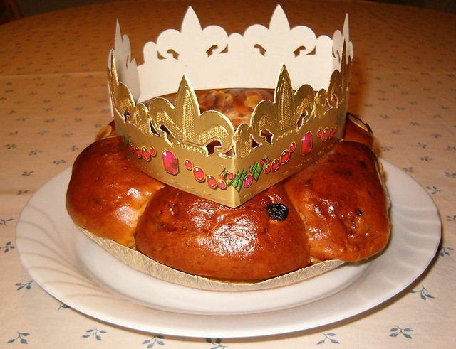 cake 3 kings cake for three kings day rois cake of kings three kings ...