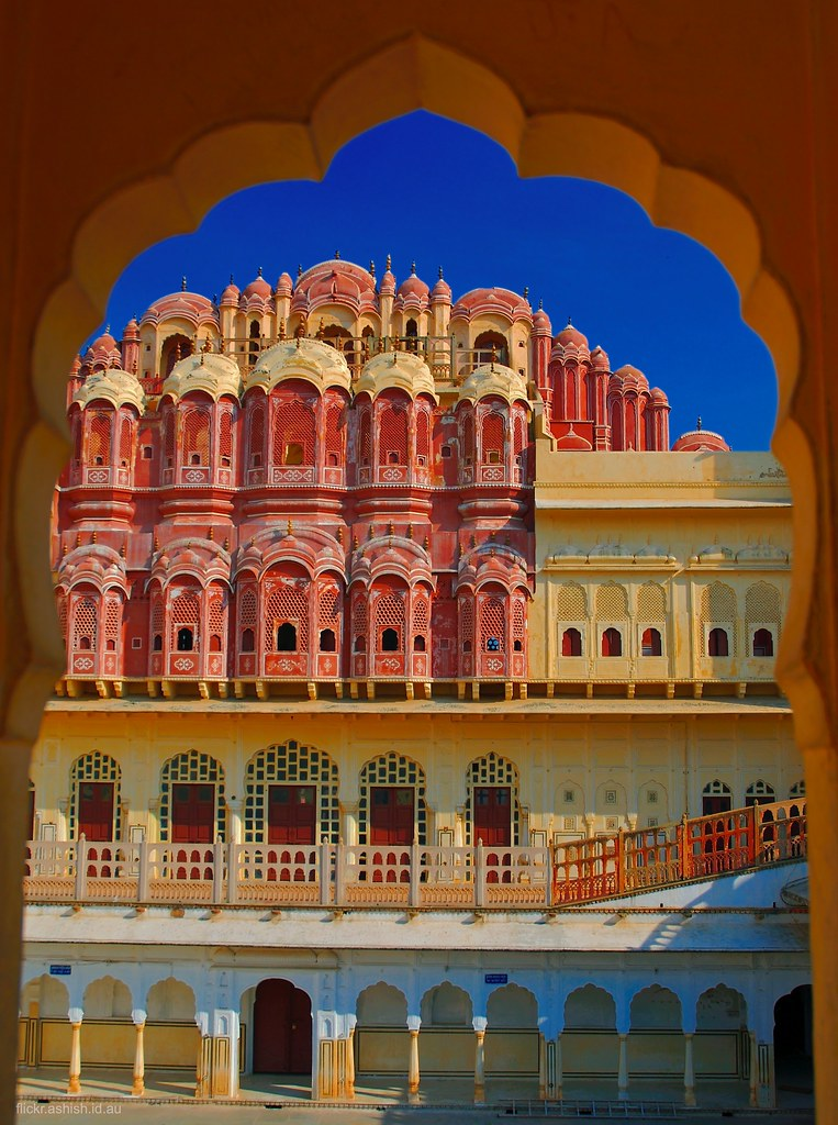 hawa mahal india The bright pink building with innumerable windows that is synonymous with the mention of jaipur is hawa mahal or the palace of winds.