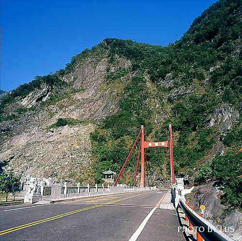 C809中橫慈母橋