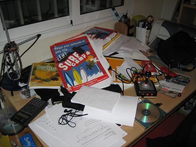 Mesa de estudio 26 de enero de 2007 by mrithail - Mesa de estudio ...