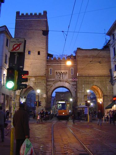 Porta ticinese lugar de inter s en mil n italia gu a de - Hotel porta ticinese milano ...