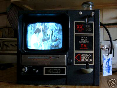 ebay watch coin operated tv from the 60 39 s techeblog. Black Bedroom Furniture Sets. Home Design Ideas