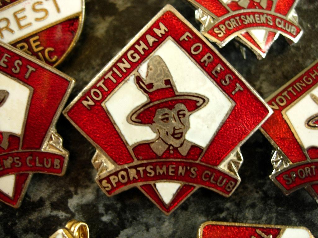 Nottingham Forest vintage football badge