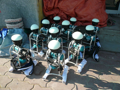 Robot jockey army
