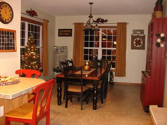 Dining Room Decor. Prim Christmas ideas   a gallery on Flickr