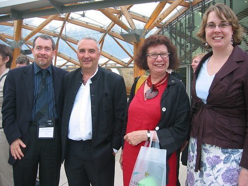 Mario Espinosa Ricalde (Mexico), Andrew Dixon and Felicity Harvest (England) and Kelly Wilhlem (Canada) at the Summit Dinner, Alnwick Gardens