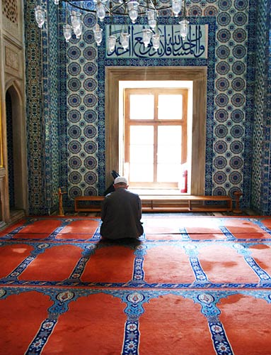 Rustem Pasa Camii