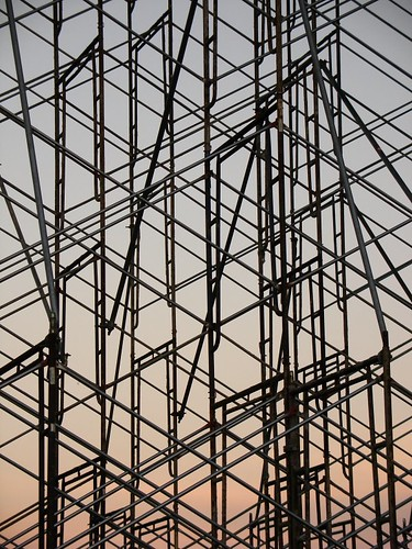 scaffolding_at_sunset