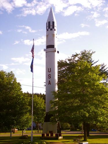 blue trees sunset sky tree june flag newhampshire warren rocket missile redstone warrenrocket