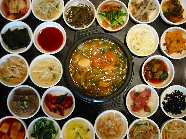 Traditional korean food main soup dish and 23 sides to for Authentic korean cuisine