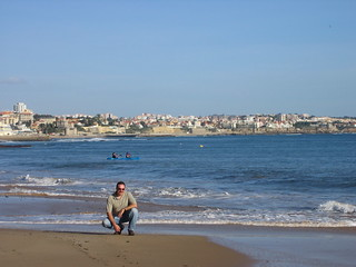 Imagen de Praia da Rainha Playa con una longitud de 56 metros. portugal cascais beach mick