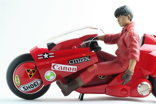toybot studios_SOC Kaneda and Bike