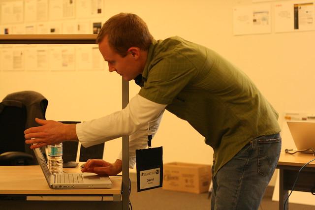 David Huska of Sxip Sets Up for His OpenID Perl Library Presentation
